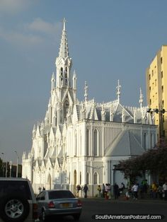 my jaw drop everytime I see it! White Gothic cathedral, Ermita Church in Cali, Colombia. Sacred Architecture, Church Architecture, Religious Architecture, Beautiful Architecture, Beautiful Buildings, Beautiful Places, Cathedral Basilica, Gothic Cathedral, Cathedral Church