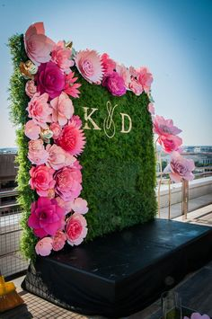 RENT ONLY ! Flower Wall Wedding, Paper Flowers Wedding, Wedding Wall, Large Paper Flowers, Paper Flower Wall, Paper Flower Backdrop, Desi Wedding Decor, Wedding Stage Decorations, Flower Decorations