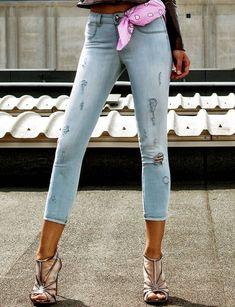 Pcube Blue Jeans - Fashion that Rocks Jeans Style, Blue Jeans, Capri Pants, Skinny Jeans, Black, Fashion, Moda, Capri Trousers, Black People