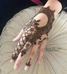 Mehndi Designs Finger, Floral Henna Designs, Henna Tattoo Designs Simple, Latest Bridal Mehndi Designs, Full Hand Mehndi Designs, Mehndi Designs Book, Mehndi Designs For Girls, Mehndi Designs For Beginners, Mehndi Designs For Fingers
