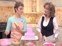 How To Make a Castle Birthday Cake with Betty Crocker. Chris's will look like the chocolate castle at the end!