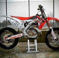 Dirt bike stuff honda ideas for 2019 Honda Dirt Bike, Dirt Scooter, Dirt Bike Racing, Moto Bike, Dirt Biking, Motocross Maschinen, Motorcross Bike, Mx Bikes, Custom Sport Bikes