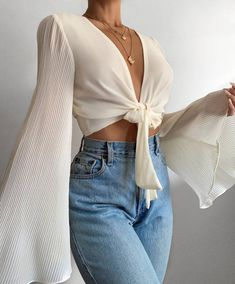 Summer Fashion Tips .Summer Fashion Tips Trend Fashion, Look Fashion, Womens Fashion, Fashion 2020, Spring Fashion, Fashion Details, Korean Fashion, Fashion Online, Winter Fashion