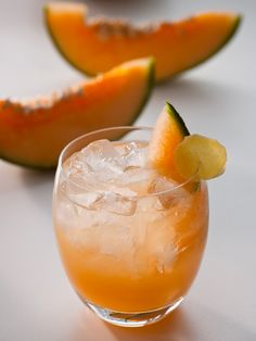 Cantaloupe-Ginger Spritzer Fresh ginger root is a great way to add some punch to non-alcoholic beverages. Combine it with fresh cantaloupe juice for a refreshing drink.