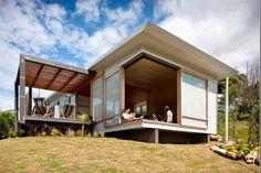 Award-winning Onemana house | www.bookabach.co.nz/27368