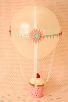 Balloon cupcake favor!