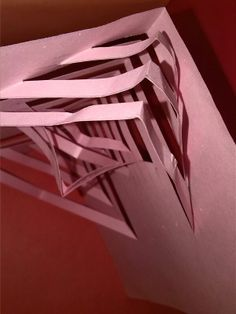 Dobleces diagonales, volúmenes.