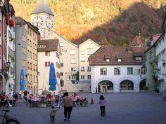 Hier was ik! Chur Switzerland, Belle Villa, Beaux Villages, Lake Como, Amalfi Coast, Countries Of The World, Alps, Places Ive Been, Venice