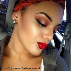 Saturday night #makeup inspiration...♥ #Shop at http://www.beautiesfactory.co.uk/  Amazing Experience !!!