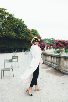 36 Best Chic Looks for the Parisienne images  a97b7523b64d