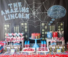 Awesome Spiderman Backdrop and themed table! @Jess Pearl Pearl Liu Garcia-Landon would LOVE this!!! So cute!