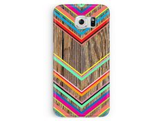 Pretty *wood effect* (not real wood) design with a bright, colourful chevron pattern. Made especially for you Samsung Galaxy S6, S5, S3 & S4.