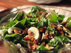 Spinach Salad with Garlic Dressing