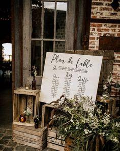 // ARTIS // sur Instagram : [ Plan de table ] aussi appelé casse tête géant pour futurs mariés ! Simplifiez vous la vie et optez pour des tables rectangulaires c'est…