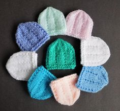 Dainty Micro-Preemie Hat Patterns | These tiny hats are perfect for the preemies you know!