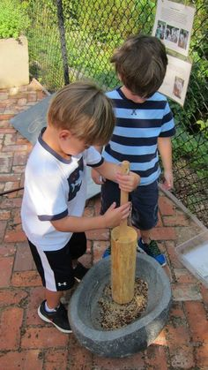Peachtree Presbyterian Preschool This is the Mashing Pot. The children use the wood paddles and mashers to mash and stir materials. Maybe they were making stew? - notice the documentation on the gate ≈≈