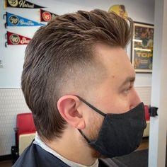 Cool Hairstyles For Men, Slick Hairstyles, Haircuts For Men, Blowout Haircut, Haircut Salon, Thick Beard, Beard Fade, Temp Fade Haircut, Burst Fade