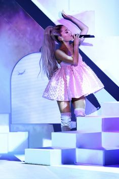 NEWs in Pics — Ariana Grande Performs On Tonight Show Starring...