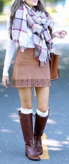 #fall #fashion / eyelet skirt + scarf