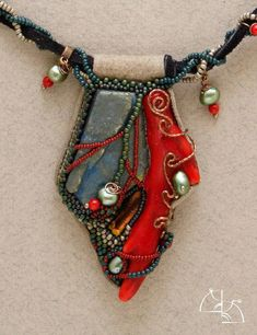 The Popularity Of Handmade Beaded Jewelry Items Bead Embroidery Jewelry, Textile Jewelry, Beaded Embroidery, Beaded Necklace Patterns, Beaded Bracelets, Necklaces, Jewelry Crafts, Jewelry Art, 90s Jewelry