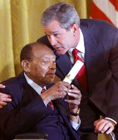 Lionel Hampton, Jazz Musician (1908-2002) visiting George W. Bush in the White House on June 30, 2001.