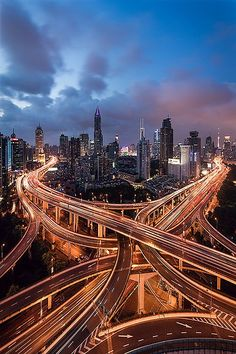 Shangai Traffic by Jens Fersterra