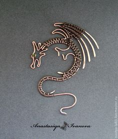 Excellent as a scarf pin, necklace or if using larger gauge wire. as a wall decoration. Excellent as a scarf pin, necklace or if using larger gauge wire. as a wall decoration. Wire Jewelry Designs, Jewelry Crafts, Jewelry Art, Beaded Jewelry, Handmade Jewelry, Wire Jewellery, Bespoke Jewellery, Vintage Jewellery, Silver Jewellery