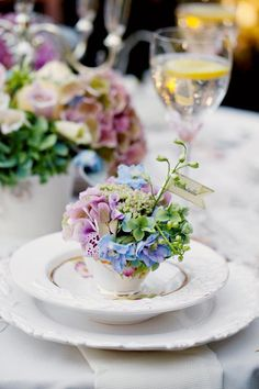 Teacup-Place-Card-Holders