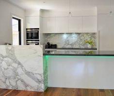 Kitchen Island Bench Upstand Ideas For 2019 Kitchen Island With Sink, Kitchen Benches, Kitchen Benchtops, Kitchen Design, Mint Kitchen, Kitchen Colour Schemes, Best Kitchen Countertops, Kitchen Splashback Inspiration, Stools For Kitchen Island