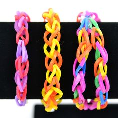 How To Create a Basic Loom Band Bracelet from CFF Store! #loombands #loom #diy #crafts