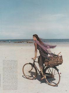 ☆ Helena Christensen   Photography by Patrick Demarchelier   For Harper's Bazaar Magazine US   May 1993 ☆