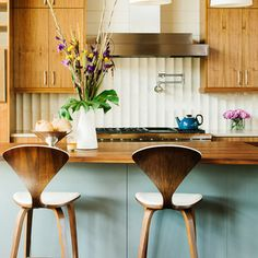 Find out the best and awesome kitchen color ideas for your dream kitchen