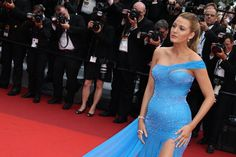 Pin for Later: Blake Lively Fait des Étincelles à Cannes