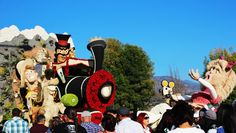 Rose Parade 2014. It only took from Jan 1 to April 24 to post this.