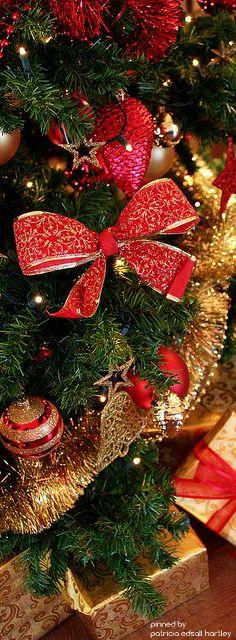 christmas.quenalbertini: Christmas Tree