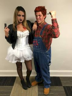 54 Scary and Creative DIY Halloween Wedding Dress Ideas – Daily Fashion Scary Couples Halloween Costumes, Chucky Halloween, Halloween Outfits, Halloween Ideas, Girl Halloween, Cheap Halloween, Halloween 2016, Halloween Makeup, Bride Of Chucky Costume