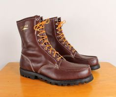 Vintage 1970s Mens Work Boots  Size 12  by pineapplemint, $23.40