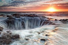 Thor's Well, Central Oregon coast