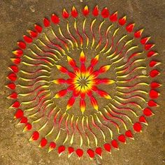 """Kathy Klein is the creator behind these mandala-shaped works of art. She calls them danmalas, meaning ""the giver of flower circles"" in Sanskrit. She makes them out of found natural objects as a reminder to us all to ""listen to the unheard voice of nature, creation, and the eternal mystery"". Aren't they the loveliest?"""