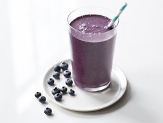 Blueberries are full of antioxidants and phytonutrients. Start your day off right with this luscious energy booster.