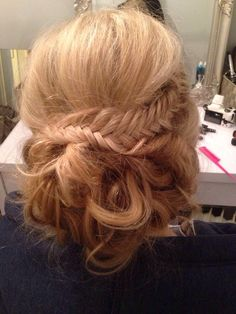 Fishtail with curls