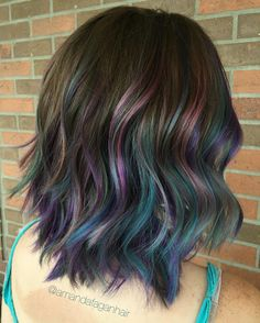 Oil slick color by Amanda Fagan. sabasalon.com | Instagram.com/amandafaganhair