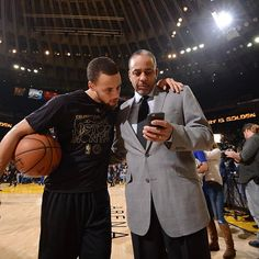 Former NBA player and Charlotte Hornets Announcer Dell Curry talks to his son Stephen Curry of the Golden State Warriors before the game against the. Golden Warriors, Golden State Warriors Pictures, Warriors Basketball Team, Basketball Stuff, The Curry Family, Stephen Curry Basketball, Stephen Curry Shoes, My Hit, Charlotte Hornets