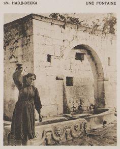 Κρήνη στους Άγιους Δέκα Ηρακλείου. Πρωτότυπος τίτλος Hadji-Decka. Une fontaine. Χρονολογία έκδοσης 1919 Έκδοση BAUD-BOVY, Daniel, BOISSONNAS, Frédéric. Des Cyclades en Crète au gré du vent, Γενεύη, Boissonnas & Co, 1919. http://www.laskaridou.gr/,