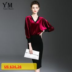 YuooMuoo New Women Autumn Velvet Dress Elegant Knee-length Office Dress V-neck Batwing Sleeve Fashion Ladies Pencil Work Dress