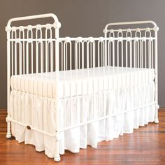 joy baby crib distressed white. www.brattdecor.com $599.00 + day bed kit $169.00