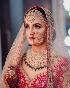 Indian Bridal Outfits, Indian Bridal Makeup, Bridal Makeup Looks, Indian Bridal Fashion, Bridal Looks, Bridal Dresses, Bride Makeup, Wedding Makeup, Indian Wedding Bride