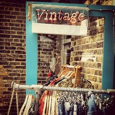 "Vintage clothes at Camden market"" data-componentType=""MODAL_PIN Retro Outfits, Vintage Outfits, Vintage Fashion, Vintage Market, Retro Vintage, Vintage Style, Swinging London, Camden Town, Market Stalls"