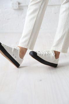 De 16 beste afbeeldingen van Footwear | Schoenen, Sneaker ...