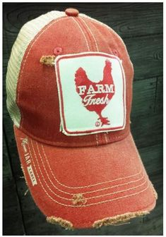 Look fresh in the Mason Jar Farm Fresh Red Cap! Red front with a tan back. White and red patch on the front with Farm Fresh written inside of a red chicken. Distressed look. Mason Jar Label written o Farm Fashion, Country Fashion, Diy Fashion, Fashion Hats, Country Hats, Country Outfits, Country Girls, Farm Outfits, Country Style